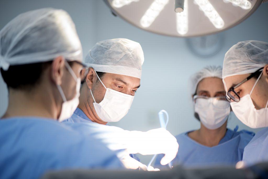 Dr. Alexandre Queiroz